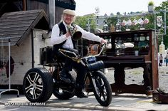 Steampunk Bicycle, Antique Cars, Baby Strollers, Antiques, Vehicles, Vintage Cars, Baby Prams, Antiquities, Antique