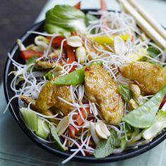 Asiatischer Hähnchen-Nudel-Salat mit Minze und Erdnüssen PP 9