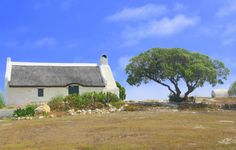 This photo from Western Cape, West is titled 'Fisherman's Cottage'. Farmhouse Paintings, Fishermans Cottage, South Afrika, African House, Cottage Art, African Artists, Country Art, Beach Pictures, Places To See