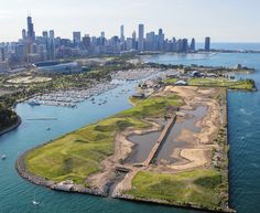 16 of Chicago's Greatest Secret Gardens and Park Spaces - Parks & Rec - Curbed Chicago Chicago Vacation, Chicago Travel, Travel Usa, Chicago Trip, Chicago Lake, Lake Michigan, Places To Travel, Places To See, Island Park
