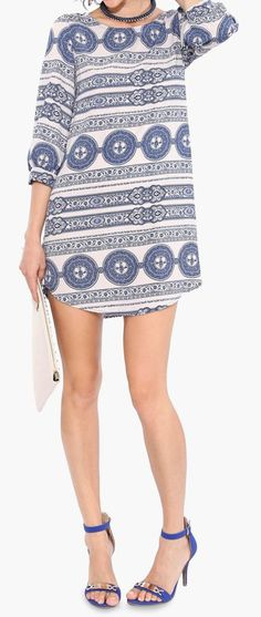 Short  dress, perfect for summer nights.