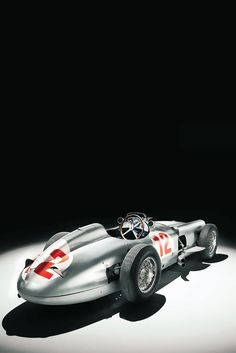 mercedes benz 1930s  ...You little beauty!! I love Cool cars http://hectorbustillos.weebly.com/