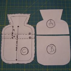 Tutorial for hot water bottle cover./meli Cute idea for a get well card Sewing Hacks, Sewing Tutorials, Sewing Patterns, Crochet Patterns, Fabric Crafts, Sewing Crafts, Sewing Projects, Water Bottle Covers, Get Well Cards