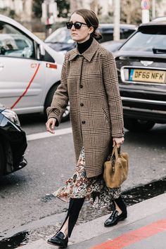Check out our favorite fashion-girl winter work outfits that will keep you looking stylish and feeling warm.