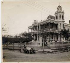 Private residence in Vedado, Havana, Cuba :: The Manuel R. Bustamante Photograph Collection 1916