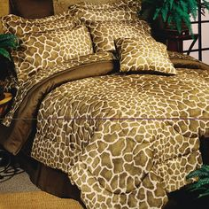 Reach for the tree tops with our Giraffe print bedding set. The Giraffe design is a whimsical complement to safari style decor or a teens bedroom. Complete Bed in a Bag Set includes comforter, sh Animal Print Bedroom, Giraffe Bedroom, Safari Bedroom, Giraffe Decor, Animal Room, Water Bed, Teen Bedding, Zebra Bedding, Bed In A Bag