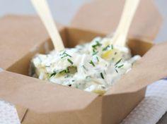 Découvrez la recette Salade de pommes de terre sur cuisineactuelle.fr.