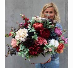 kwiatowa kompozycja England Ballano Flower Decorations, Floral Arrangements, Floral Wreath, Arts And Crafts, Bouquet, Bloom, Glamour, Gardening, Wreaths