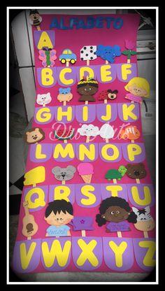 Abecedario Abc Crafts, Hobbies And Crafts, Felt Crafts, Preschool Activities, Class Decoration, School Decorations, Classroom Board, Classroom Decor, Alphabet Board