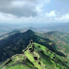 Location: Torna Fort, Maharashtra, India  Today's top pick of @trellingpune . . Find your real peace here😇 Trek scenes❤ Picture Courtesy :- @shrutikatiyar_  Use #trellingpune to get featured!  Be a part of coolest community at instagram.com/trellingpune  Tryout Trell App to discover new things in the city and connect with a global community of explorers, travelers, photographers and foodies!  Download it from trellapp.com