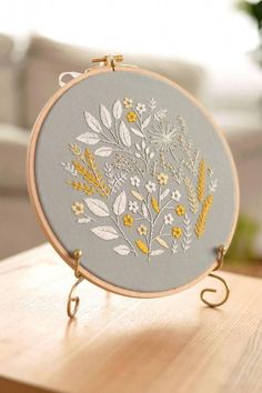 Embroidery Stitches-malayalam among Embroidery Jacksonville Fl near Embroidery Designs Michaels under Embroidery Hoop Storage Simple Embroidery Designs, Embroidery Hoop Crafts, Embroidery Flowers Pattern, Hand Embroidery Stitches, Embroidery Ideas, Hand Stitching, Knitting Stitches, Beginner Embroidery, Embroidery Sampler