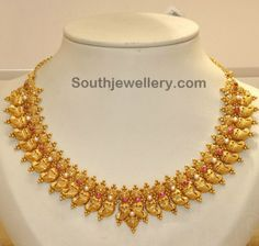 Jewellery Designs - Page 575 of 632 - Latest Indian Jewellery Designs 2015 ~ 22 Carat Gold Jewellery Gold Earrings Designs, Necklace Designs, Gold Designs, Indian Jewellery Design, Jewelry Design, Latest Jewellery, Indian Jewelry Sets, South Indian Jewellery, Bridal Jewellery