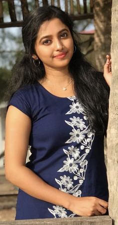 Beautiful Girl In India, Beautiful Girl Photo, Beautiful Asian Girls, Beautiful Women, Cute Beauty, Beauty Full Girl, Beauty Women, Beauty Girls, Most Beautiful Hollywood Actress