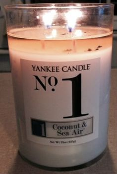 Yankee Candle No. 1 Coconut & Sea Air Candle Review