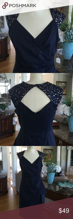 NWT Maggy London Navy Beaded Faux Wrap Front NWT Maggy London Navy Beaded Faux Wrap Front Detail Size 12 absolutely gorgeous with extra beading if needed all stones are in place Maggy London Dresses Backless