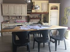 """Qui a La Casa Dei Tuoi Sogni, idee e creazioni """"su misura"""" sono all'ordine del giorno! www.lacasadeituoisogni.info"""
