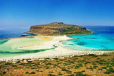 Balos Beach in Crete, Greece Ways To Travel, Places To Travel, Places To Visit, Trekking, Santorini, Crete Beaches, Hyundai Creta, Beautiful World, Beautiful Places