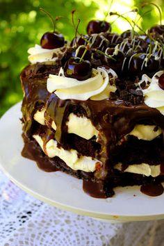Kakkuviikarin vispailuja!: Schwarzwaldin kakku