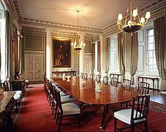 palace dining room | ... > Royal Homes > The Palace of Holyroodhouse - the Royal Dining Room