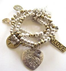 Gold and Silver Large Heart Diamante Charm 4 piece Bracelet - gorgeous! Heart Jewelry, Gold Jewelry, Jewellery, We Love Heart, Beaded Bracelets, Charmed, Silver, Originals, Hearts