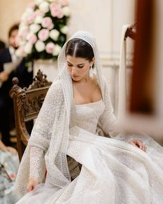 Your Pupils Will Dilate Upon Seeing These Shocking, Extravagant Wedding Dresses Extravagant Wedding Dresses, Desi Wedding Dresses, Wedding Bride, Bridal Dresses, Wedding Gowns, Lace Wedding, Afghan Wedding, Wedding Tiara Hairstyles, Hollywood Wedding