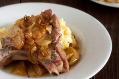 Côtelettes de porc...sauce crémeuse aux pommes caramélisées