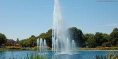 Fountain in Brookfield Zoo Chicago IL