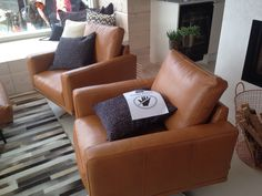 Nice chairs Cool Chairs, Recliner, Lounge, Throw Pillows, Nice, Bed, Furniture, Home Decor, Chair