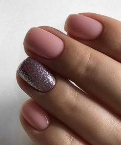 Breathtaking Rose Gold Glitter Nail Art Designs to Try Right Now
