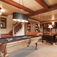 Family Room pool table layout