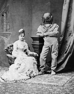 26 Weird Vintage Photos from the Creepy Olden Days