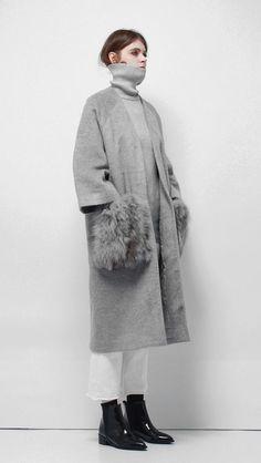 (10) Sophy Fox Fur Coat $176.00