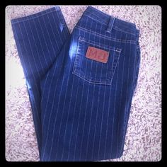 Marc Jacobs capris Super cute Mark Jacob capris, medium blue wash with silver pinstripes. Soft material with nice stretch to them. Didn't fit me quite as I'd hoped. Marc by Marc Jacobs Jeans Ankle & Cropped