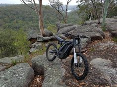 """Australian Hyena Electric bikes unboxing video of Sur Ron """"FIREFLY"""""""