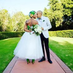 New York Meets South Africa Wedding: Morning Precious One. I've had this New York meets Africa wedding at the foref African Traditional Wedding Dress, African Wedding Dress, African Dress, African Attire, Traditional Weddings, African Men, Traditional Dresses, Wedding Attire, Wedding Gowns