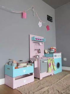 Muebles para niños y decoración de Me falta Cloe. Información: facebook.com/mefaltacloe