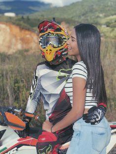 Motocross Couple, Biker Couple, Boyfriend Goals, Future Boyfriend, Cute Relationship Goals, Cute Relationships, Love Pictures, Couple Pictures, Cute Couples Goals