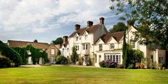 £149 -- Hampshire Manor Stay w/7-Course Tasting-Menu Dinner | Travelzoo