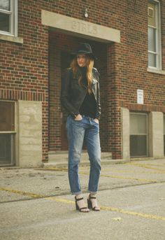 25 Ways to Style Baggy Jeans All Winter Long | StyleCaster