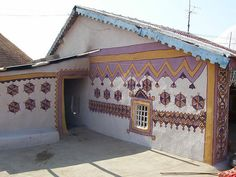 kutch house Indian Architecture, Architecture Design, India Travel, India Trip, Indus Valley Civilization, Earth Homes, Log Homes, Modern Design, House Design