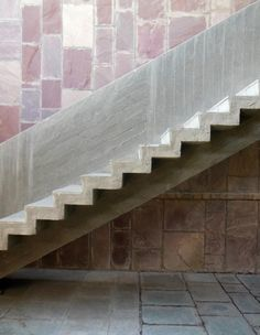 Image 11 of 22 from gallery of AD Classics: Mill Owners' Association Building / Le Corbusier. Photograph by Nicholas Iyadurai Le Corbusier, Staircase Handrail, Staircase Design, Stair Design, Space Architecture, Architecture Details, Stone Stairs, Stair Detail, Unusual Buildings