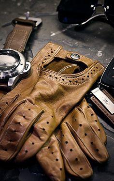 Vintage Biker Brown Leather Gloves.