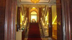 Visitez Belgrade (Виситез Белград) Entrée de l'immeuble de la Coopérative Belgradoise.