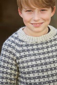 Julians sweater - opskrift fra CaMaRose. Køb hos Citystoffer Tweed, Knitwear, Turtle Neck, Pullover, Knitting, Model, Sweaters, Fashion, Bebe