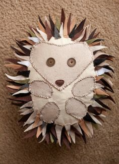 Flannel Hedgehog Pillow http://bit.ly/HiFaFa