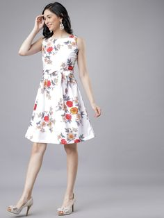 Woman Printed Drees by Fashionblend's Shop - Online shopping for Dresses on MyShopPrime - Western Dresses For Women, Ethnic Gown, Buy Dress, Party Wear, Dresses Online, Dress Outfits, Dresses For Work, Ootd Fashion, Womens Fashion