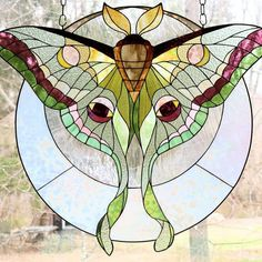 Here are the best window installation tips for your home! Stained Glass Suncatchers, Faux Stained Glass, Stained Glass Designs, Stained Glass Panels, Stained Glass Projects, Stained Glass Patterns, Glass Butterfly, Glass Flowers, Tiffany Glass