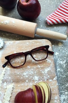 latest style in eyeglasses ldt1  We spy: Scarlet Tortoise, a new hue introduced with our Fall 2015  Collection