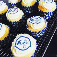 Sheffield Wednesday birthday cupcakes