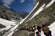 Pilgrims leave for Amarnath Amarnath Temple, Cool Pictures, Travel Pictures, Latest World News, All Over The World, Mount Everest, Pilgrims, Mountains, News Update